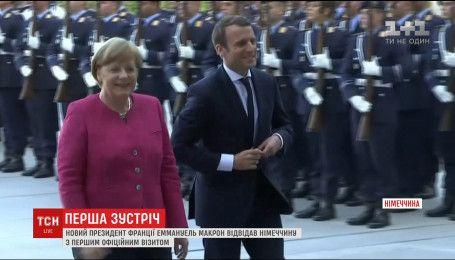 Макрон и Меркель обсудили судьбу ЕС