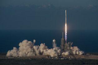 Ілон Маск назвав ім'я першого космічного туриста, який полетить до Місяця