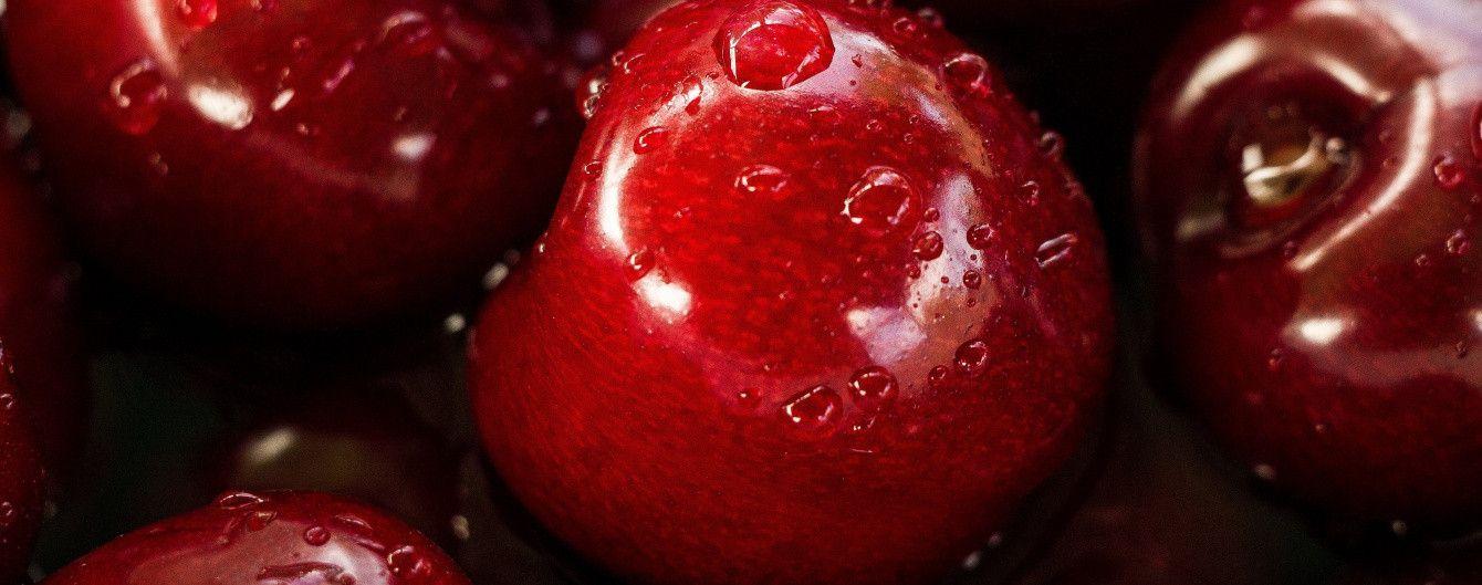 Погода предвещает украинцам хороший урожай: ягод и фруктов с косточками будет много