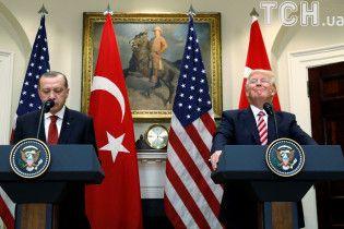 Трамп и Эрдоган обсудили захват украинских кораблей в Керченском заливе: выразили обеспокоенность