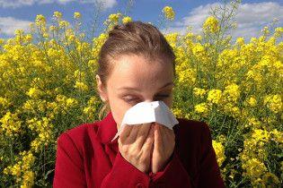 Сезон алергії: весняне цвітіння відчутно вдарило по здоров'ю українців
