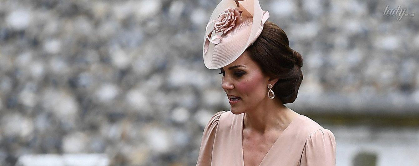 Невесту не затмила: образ герцогини Кембриджской на свадьбе Пиппы Миддлтон