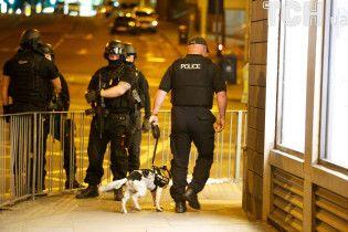 """В Лондоне закрыли крупнейший автовокзал """"Виктория"""" из-за подозрительного пакета"""