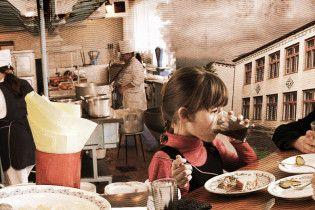 Мышиные объедки в детсаду. В Запорожской области разгорелся скандал из-за питания детей