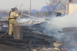 В России из-за массовых пожаров сгорели более сотни домов и погибли люди