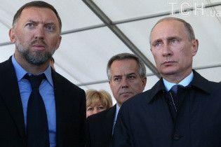 Российского миллиардера Дерипаску лишили гражданства Кипра