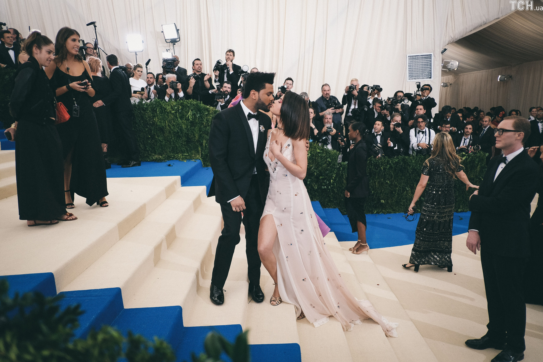 Селена Гомес та The Weeknd_4