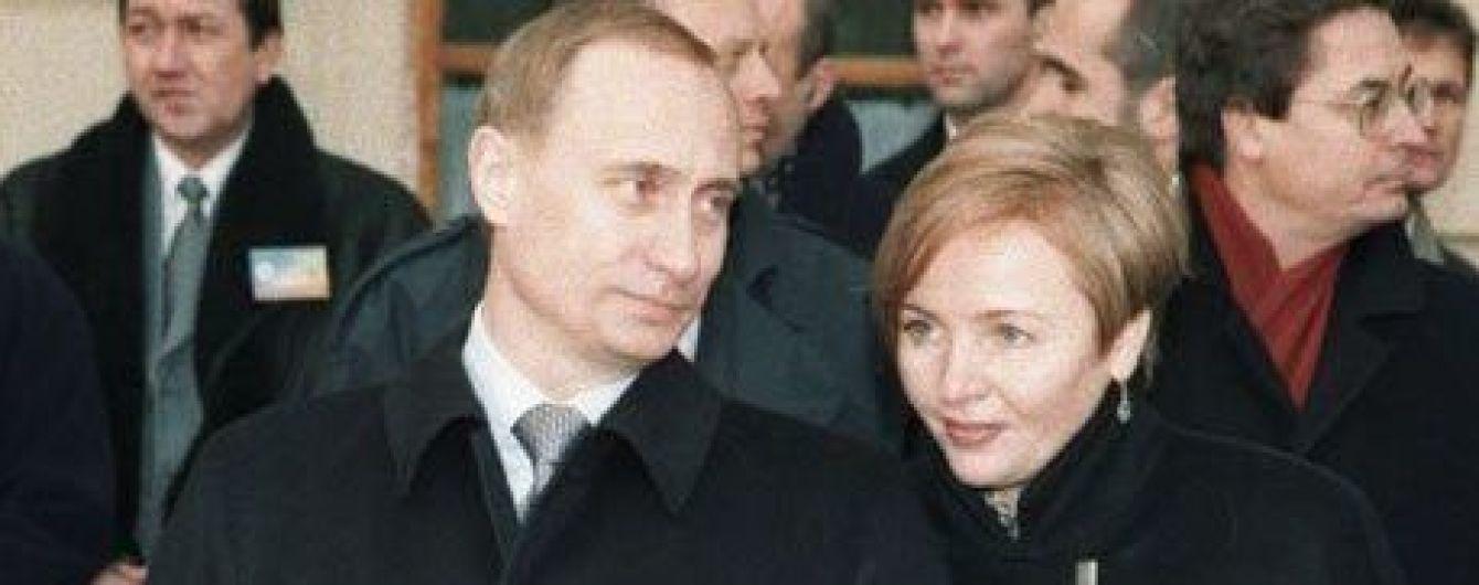 """Заробітки на землі та власна вілла """"Сюзанна"""". Як живе екс-дружина Путіна після розлучення"""