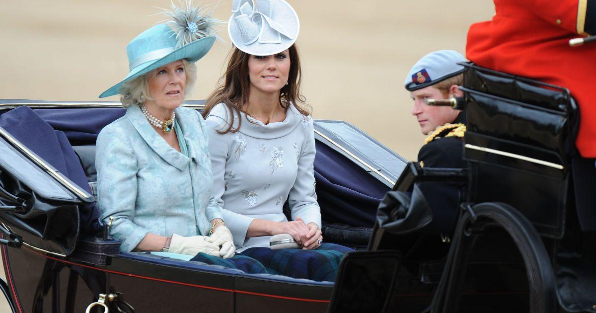 Конфликт во дворце: герцогиня Кембриджская поссорилась с герцогиней Корнуольской