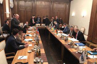 """Росія на зустрічі """"нормандської четвірки"""" хоче порушити питання про референдум на Донбасі"""