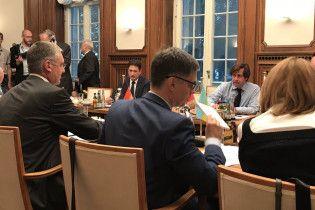 """Політдиректори """"нормандської четвірки"""" не досягли згоди щодо миротворців ООН на Донбасі"""