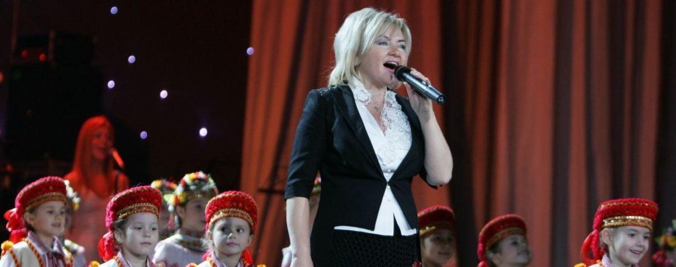 Эксклюзивное видео ТСН. Как звезды и первая леди Украины поздравляли с юбилеем куму Порошенко Билозир