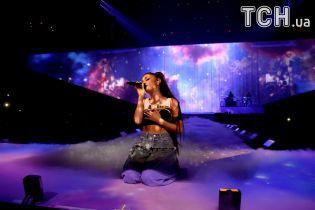 Квитки на благодійний концерт Аріани Гранде в Манчестері розлетілися за лічені хвилини