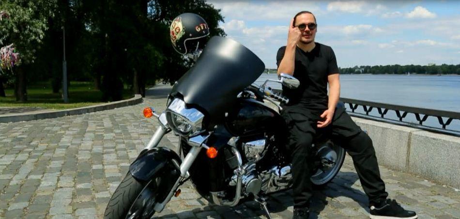 Фагот на мотоциклі