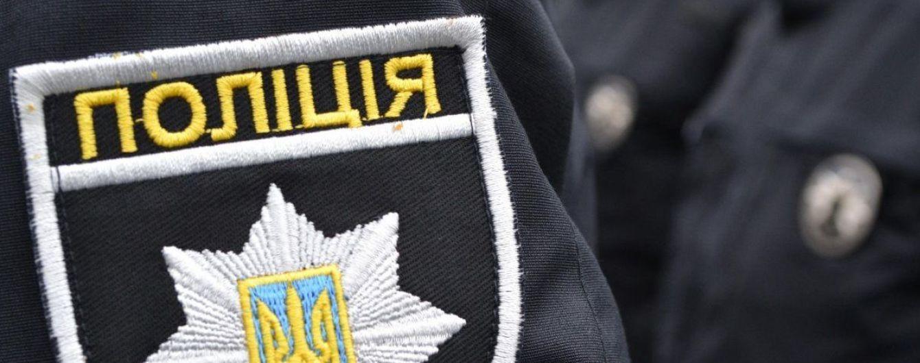 Полиция возбудила уголовное дело из-за смерти человека возле больницы в Киеве