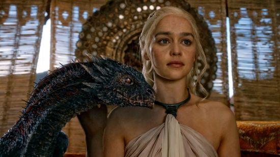 """Про знімання, Джона Сноу та емоції. Емілія Кларк розповіла про останній сезон """"Гри престолів"""""""