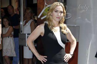 Кейт Уинслет в элегантном платье пришла в известный бутик в Париже