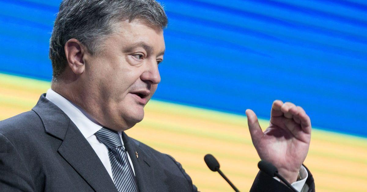 Украина введет биометрический контроль для иностранцев – Порошенко