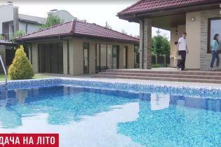 На Харьковщине в бассейне захлебнулись двое маленьких деток