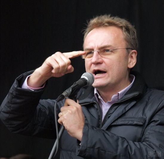 Садовий заявив, що за ним почали стежити спецслужби