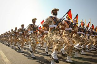 Іран пообіцяв відповідь США на нові санкції