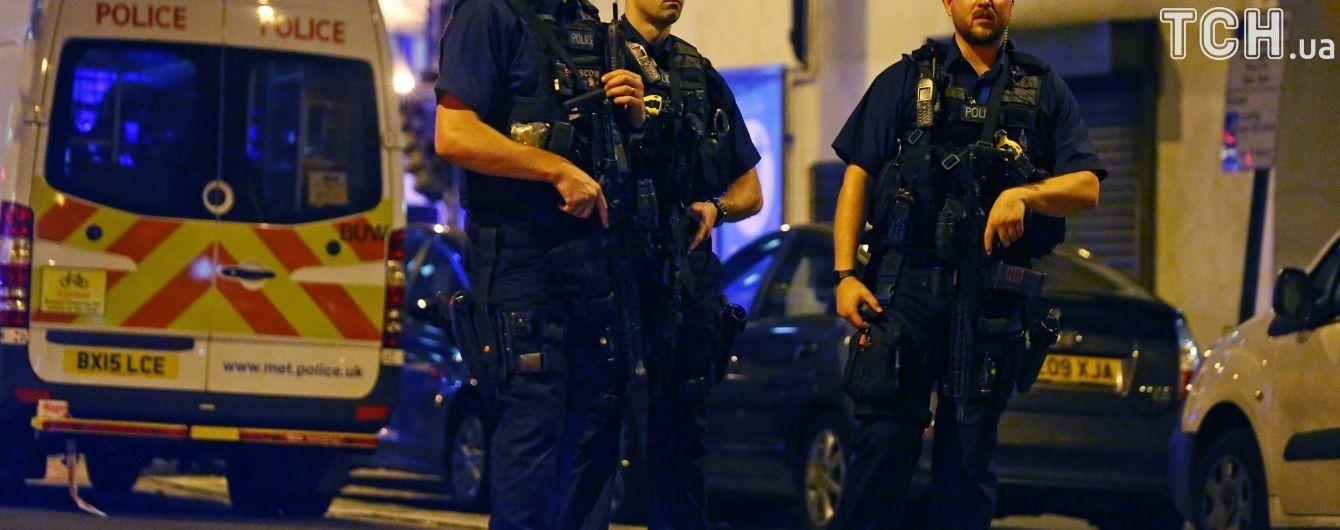 Британская полиция заявила об отсутствии опасности в связи с новой госпитализацией мужчины в Солсбери