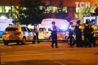 У Манчестері після карнавалу невідомий відкрив стрілянину по людях. Є постраждалі