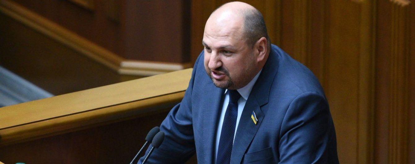 Охоронця народного депутата від БПП затримали на хабарі у $ 200 тис. – ЗМІ