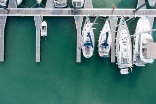 Дорогі яхти, катери і теплоходи. На чому плавають українські можновладці