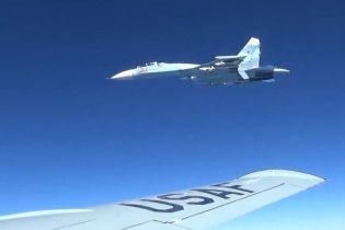 США показали відео інциденту із російським Су-27 над Чорним морем