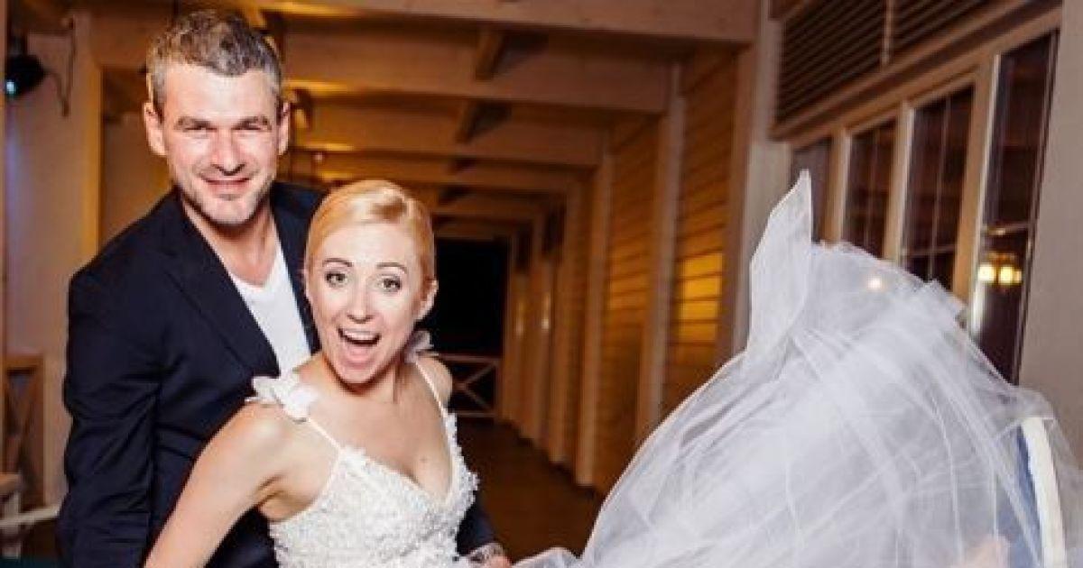 Новоспечене подружжя Матвієнко та Мірзоян вирушили у медовий місяць