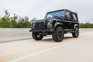 Американские тюнеры оснастили Land Rover Defender мотором Chevrolet Corvette