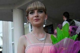 С 23-летней военной, которая погибла под Волновахой, попрощаются на родине