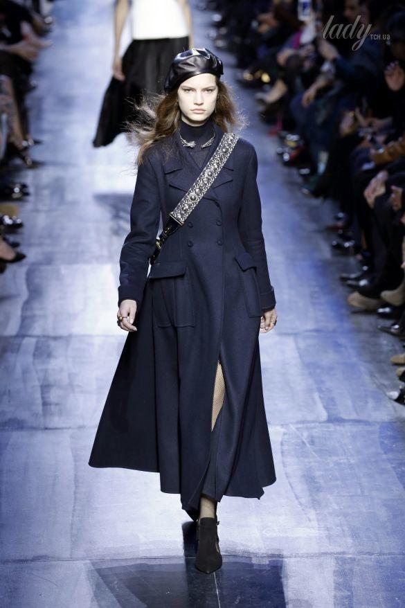 Коллекция Christian Dior прет-а-порте сезона осень-зима 2017-2018_46