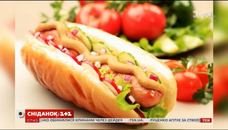 Лийте кетчуп на собаку, а не на її будку - цікаві факти про хот-дог