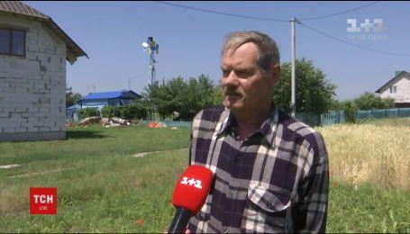 Пенсионер из Ровенской области смастерил мини-электростанцию в собственной усадьбе