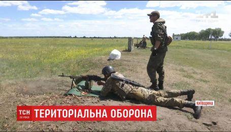 На полигоне под Киевом прошли обучение 120 бойцов из отрядов территориальной обороны