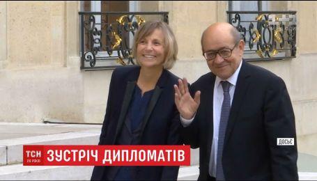 """Франція намагається """"розтопити кригу"""" у стосунках з Росією"""