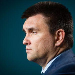 """Клімкін озвучив основну проблему """"паспортного скандалу"""" з Угорщиною"""