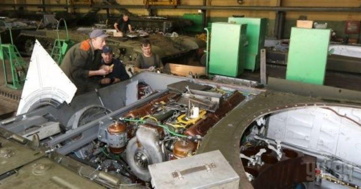 Суд обязал Львовский бронетанковый завод выплатить в бюджет 10 млн грн