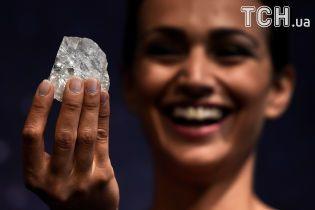 Самый большой в мире алмаз хотят распилить и продать частями