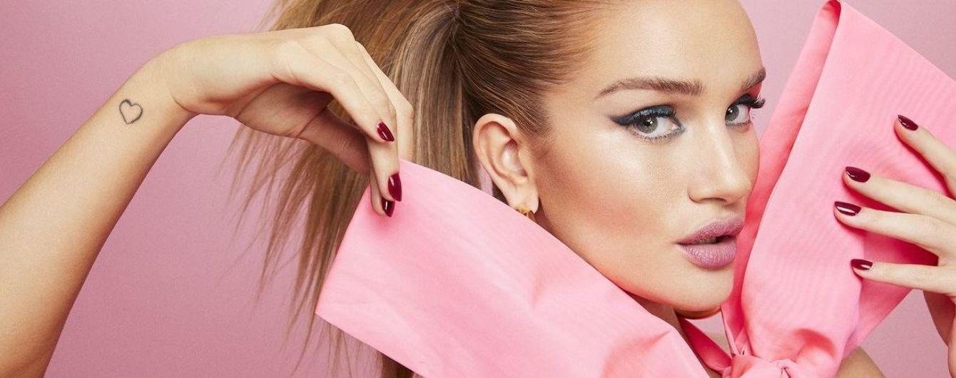Яркая блондинка: Рози Хантингтон-Уайтли предстала в новой фотосессии