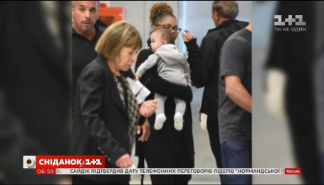 Джанет Джексон ходить на шопінг разом з 4-місячним сином