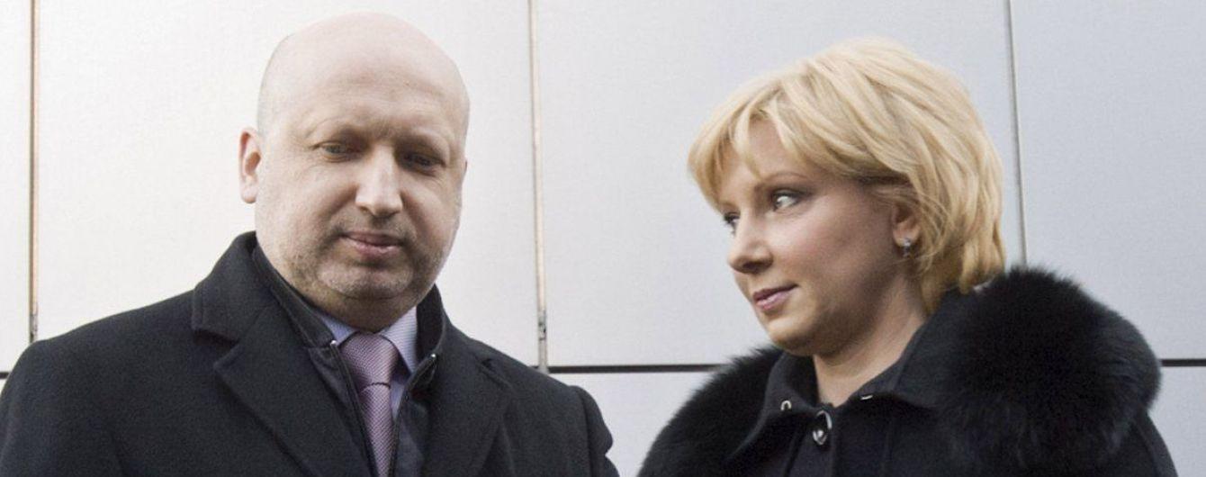 """""""Кривавий пастор"""" – це дуже смішно: дружина Турчинова дала ексклюзивне інтерв'ю ТСН"""