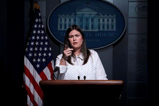 """""""Абсолютно не пов'язано з Трампом"""". Білий дім прокоментував угоду Манафорта зі слідством"""