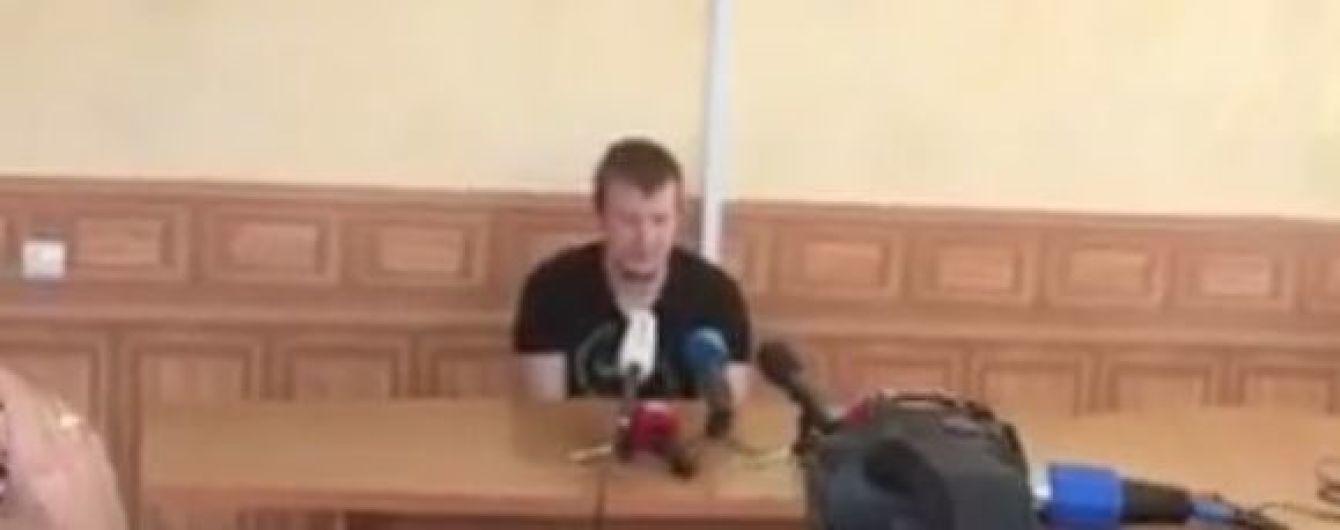 """З'явилося відео зустрічі Агеєва з пресою, на якому """"не порозумілися"""" російський та іноземний журналісти"""