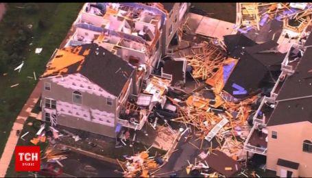 Разрушительный торнадо снес крыши домов в американском штате Мэриленд