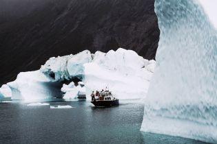 В Антарктиде откалывается айсберг площадью почти вдвое больше, чем Киев