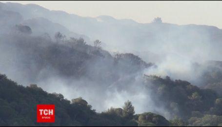 Лісові пожежі охопили південь Франції та острів Корсика
