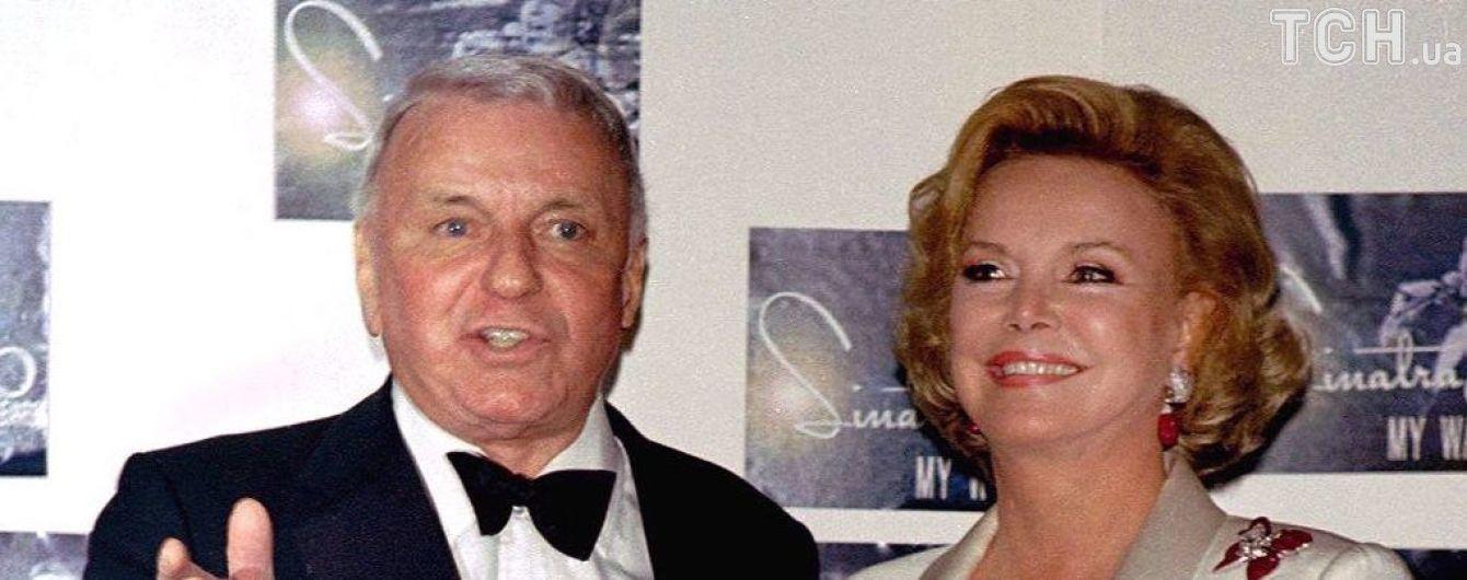 Вдова культового Френка Сінатри померла в США